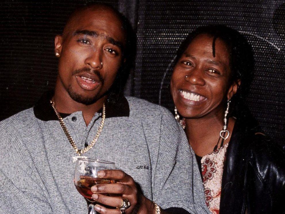 Matka Tupaca nie żyje