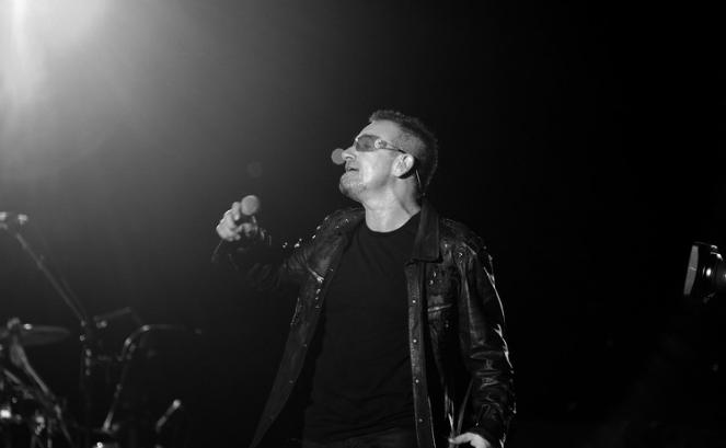 """Bono o polskim """"hipernacjonaliźmie"""" przed amerykańskim Kongresem"""
