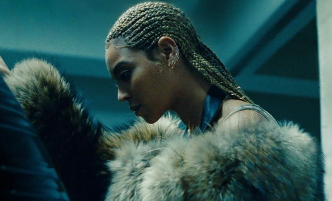 """Beyonce i Dixie Chicks odświeżyli """"Daddy Lessons"""" (wideo)"""