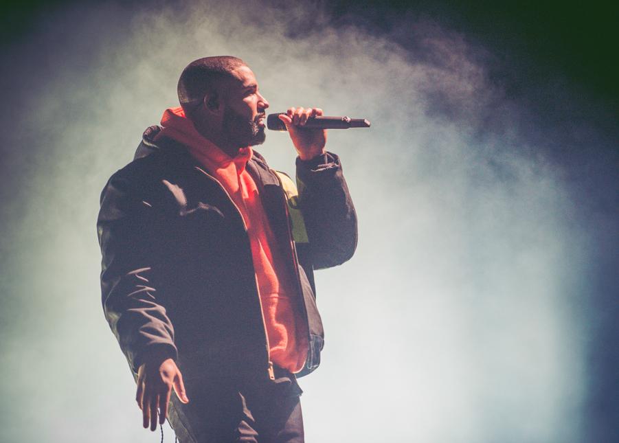 Drake zawiesił dla Rihanny billboard