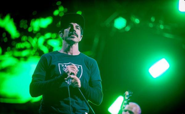 Red Hot Chili Peppers, Major Lazer i inni grają na Lollapaloozie. Jest dostępna transmisja na żywo