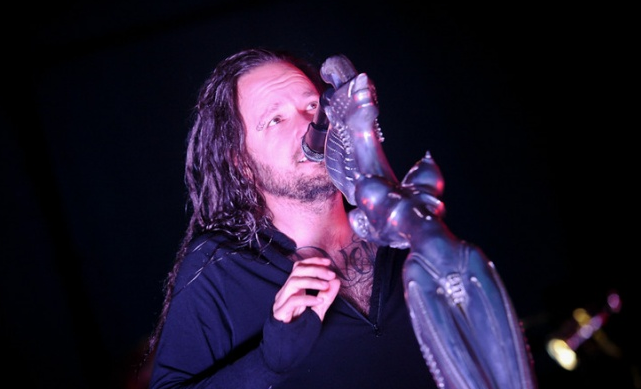 Korn przyspiesza przed premierą płyty