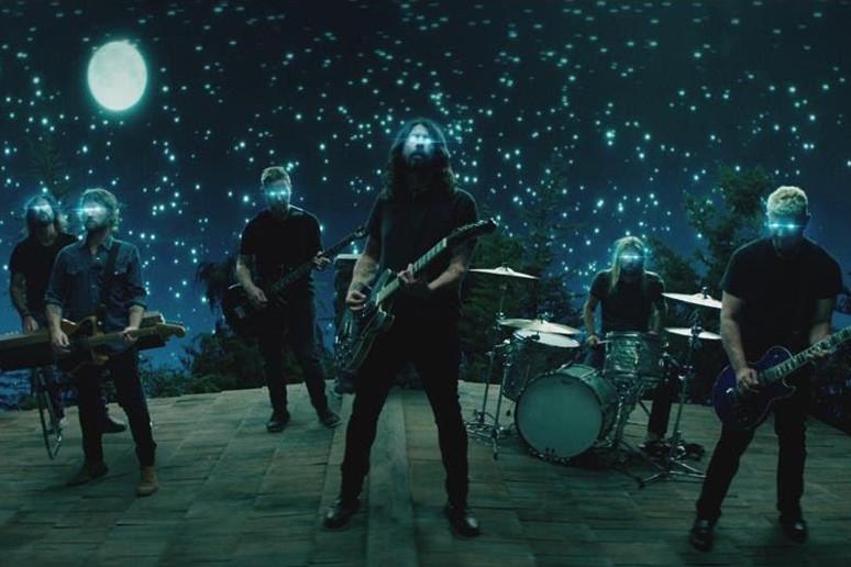 Nowy teledysk Foo Fighters
