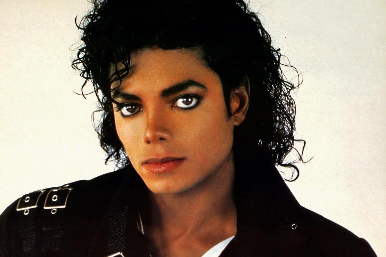 Kto zaśpiewał na płycie Michaela Jacksona?
