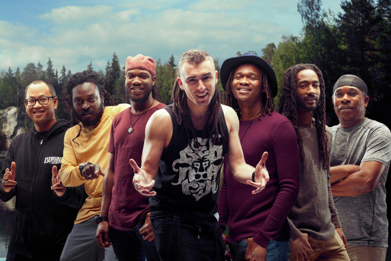 Kamil Bednarek nagrał z grupą nominowaną do Grammy