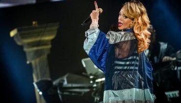 Zjawiskowa Rihanna na okładce australijskiego Vogue'a