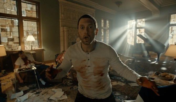 Efekty specjalne spowodowały panikę na koncercie Eminema