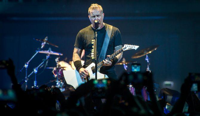 James Hetfield rzucił gitarą o scenę w trakcie koncertu