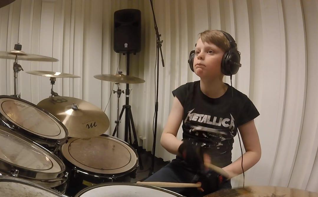 Dziesięciolatek przerabia dyskografię Metalliki w 12 minut