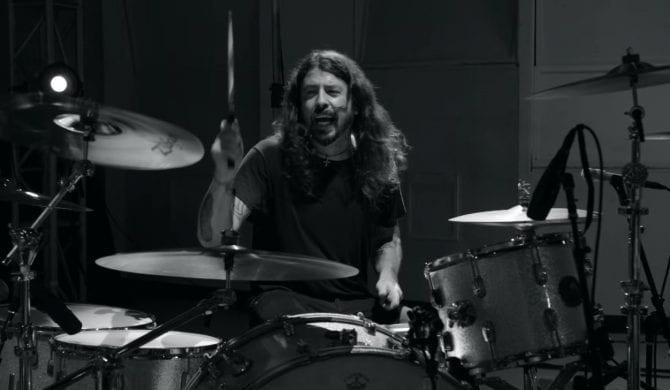 Dave Grohl opublikował 23-minutowy utwór (wideo)
