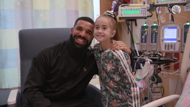 Drake odwiedził 11-latkę czekającą na transplantację