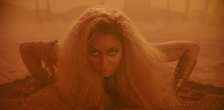 """Nicki Minaj prezentuje """"Ganja Burn"""""""