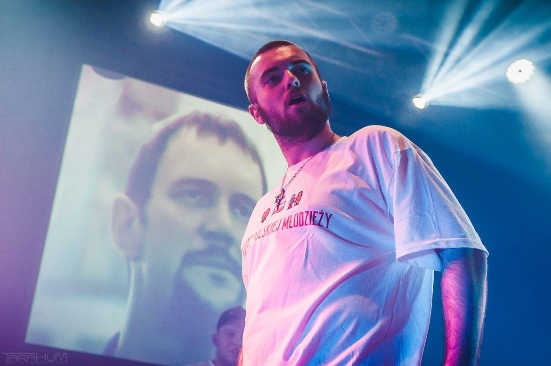 Bedoes & Kubi Producent na zdjęciach z koncertu w Gdyni