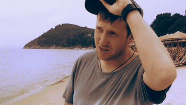 """Raszu promuje płytę """"Life in Journey"""" klipem nakręconych w Grecji"""