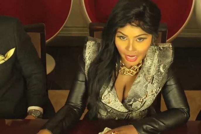 """Lil Kim ft. Tiffany Foxx – """"Jay-Z"""" (video)"""