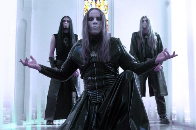 Behemoth wciąż na czele