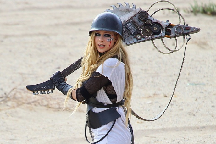 """Avril Lavigne – """"Rock`N`Roll"""" (wideo)"""