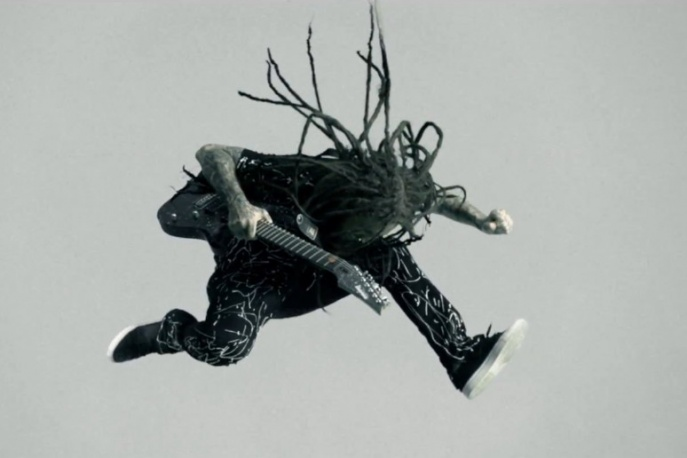 "Korn – ""Never Never"" (wideo)"