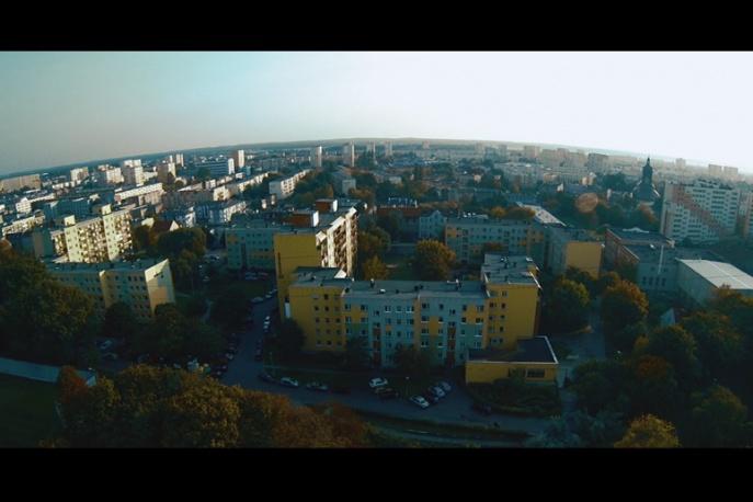 """Pawbeats – """"Dzień polarny"""" ft. Jinx, Miuosh, Bonson, Onar (wideo)"""