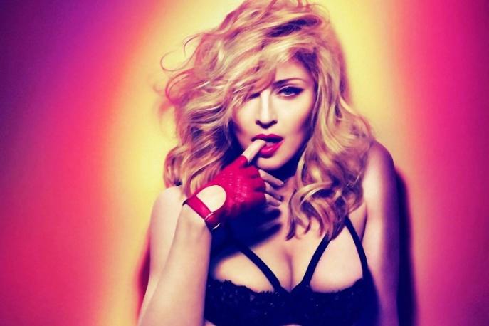 Ocenzurowane zdjęcie topless – Madonna protestuje przeciwko hipokryzji mediów społecznościowych