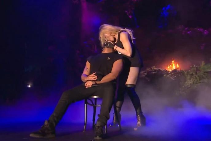 Madonna pocałowała Drake`a na scenie