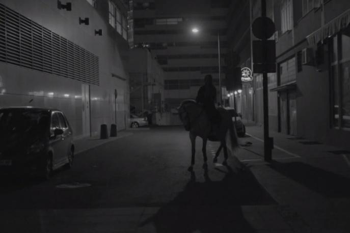 "Smolik / Kev Fox – ""Run"" – nowy klip"