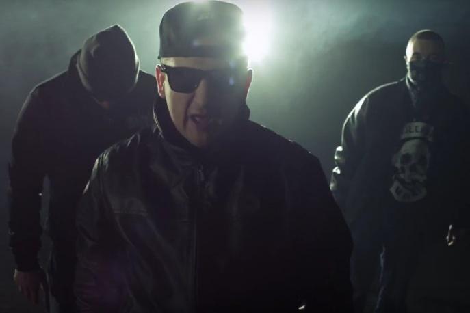 """Chada, Bezczel, Zbuku, Kajman i """"Rap najlepszej marki"""" (wideo)"""
