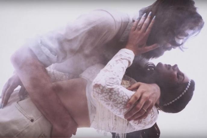 """""""Freak"""" – Father John Misty w nowym klipie Lany Del Rey"""